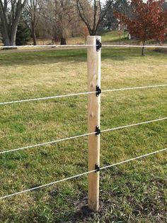 Astonishing Cool Ideas: Black Fence Pool concrete fence and gates.Old Fence Restoration horizontal fence landscaping. Pasture Fencing, Horse Fencing, Farm Fence, Fence Art, Backyard Fences, Garden Fencing, Fence Landscaping, Garden Gate, Electric Fencing For Horses