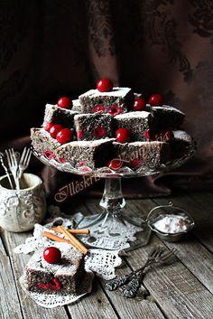 Illéskrisz Konyhája: BÖGRÉS MEGGYES-MÁKOS Cake Cookies, Easter, Sweets, Baking, Kitchen, Recipes, Poppy, Food, Christmas