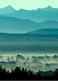 Morning mountains par Matthews Doug via L'Affiche Moderne
