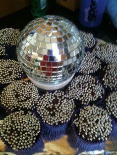 Sparkly Disco Party cupcakes