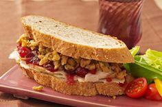 Supremo sándwich de sobrantes de pavo