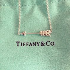 Tiffany&Co. arrow necklace<3