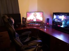 Got a second hand desk for $50. I am in heaven. Second Hand Desks, Computer Setup, Microsoft Surface, Two Hands, Heaven, Pictures, Photos, Sky, Heavens