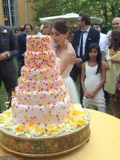 Wedding cake with small flowers