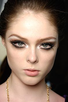 i love the natural lip, the white inner corners and the false lashes