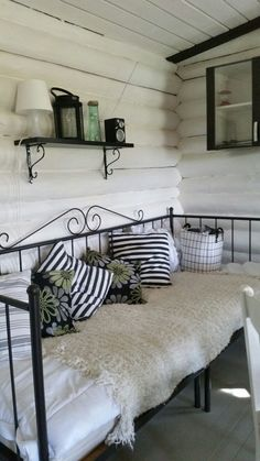 Affordable And Effective Cottage Garden Designing Methods For Your Home Your home is your world, and much like the world around us, looks are important. Cottage Garden Plan, Cottage Garden Design, Cottage Gardens, Dining Room Furniture Design, Midcentury Modern Dining Table, Unique Cottages, Homestead House, Cedar Homes, Guest Room Office