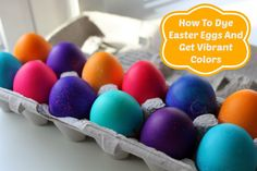 To Dye Easter Eggs And Get Vibrant Colors How to Dye Easter Eggs & Get Vibrant Colors - so want to try this!How to Dye Easter Eggs & Get Vibrant Colors - so want to try this! Easter Egg Dye, Coloring Easter Eggs, Hoppy Easter, Easter Bunny, Food Coloring Egg Dye, Holiday Crafts, Holiday Fun, Holiday Ideas, Holiday Countdown