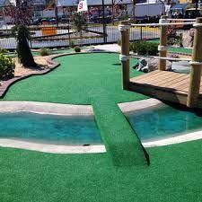 Resultat d'imatges de mini golf construction