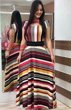 VESTIDOS - Floratta Modas Frock Fashion, Indian Fashion Dresses, Skirt Fashion, Long Gown Design, Fancy Dress Design, Casual Dress Outfits, Modest Outfits, Curvy Girl Fashion, Modest Fashion