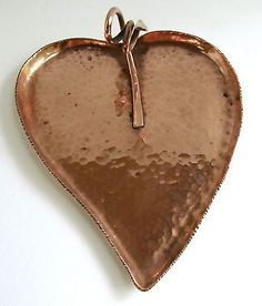 VINTAGE-HAND-CRAFTED-HAMMERED-COPPER-GUILDCRAFT-TRAY-5-LONG-FREE-SHIPPING