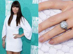 jessica biel engagement ring 1024x761 Famous vintage engagement rings