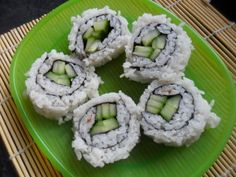 A favourite with kids and adults alike, these easy rolls look extra fancy with the rice on the outside!) My yobo says they ar… Vegan Gluten Free, Vegan Vegetarian, Cucumber Rolls, Rice Rolls, Kimbap, Easy Rolls, Cup Of Rice, Sushi Restaurants, Korean Food