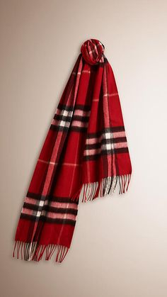 Parade red The Classic Cashmere Scarf in Check -  1