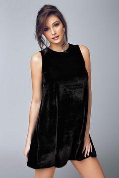 Rochie de catifea Biagio 4503 - Astratex.ro Black, Dresses, Fashion, Vestidos, Moda, Black People, Fashion Styles, Dress, Fashion Illustrations