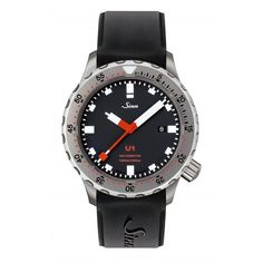 With the diving watch U1, SINN engineers succeeded in developing a diving watch in which the quality of material and design gives it superior resistance to external influences under extreme conditions of use. In their search for a steel with the desire
