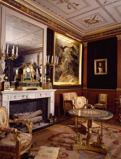 Ground floor salon, Chateau de Malmaison in Rueil-Malmaison, by architects Pierre-Francois-Leonard Fontaine and Charles Percier, France, century Classic Living Room, Second Empire, Grand Homes, Aesthetic Room Decor, Fashion Room, Ground Floor, Victorian Interiors, Victorian Architecture, Flooring