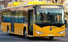 To slike BYD elektriske busser ble i 2014 satt i ordinær rutetrafikk i København.