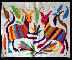 GORGEOUS EMBROIDERED OTOMI FABRIC FROM PUEBLA. MEXICAN TEXTILE. MEXICAN FOLK ART