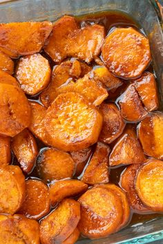 These Easy Southern Candied Sweet Potatoes are covered in a sugar buttery mixture and baked until tender. It's the perfect side dish for any table. Southern Sweet Potato Recipe, Sweet Potato Oven, Sweet Potato Recipes, Canning Sweet Potatoes, Roasted Sweet Potatoes, Thanksgiving Recipes, Holiday Recipes, Thanksgiving 2020, Easter Recipes