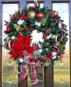 Pretty Poinsettia! CHRISTMAS POINSETTIA WREATH by EverythingFloral