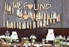 Simply Savannah Events & Izzy Hudgins Photography Green + Glam Wedding Ideas
