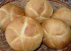 Pouze potřeny mlékem. Czech Recipes, Bread Rolls, Baguette, Great Recipes, Hamburger, Food, Program, Basket, Essen