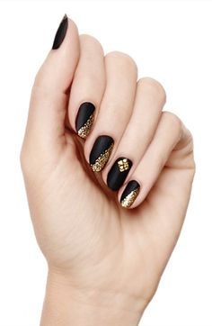 Nordstrom 'Triangle Studs' 3D Nail Art | Nordstrom