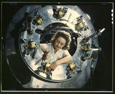 Le vere Rosie the Riveter: donne al lavoro durante la Seconda Guerra Mondiale