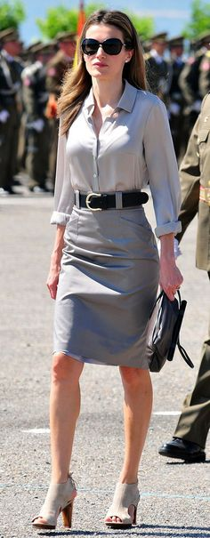 Queen Letizia. Work outfit inspiration. - style - fashion