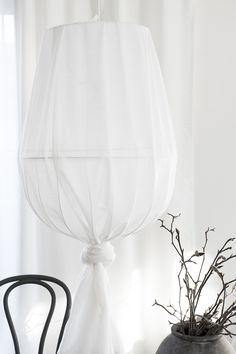 The Georg Collection från den danska designern Chris Liljenberg Halstrom i samarbete med Skagerak får mitt hjärta att slå lite extra. Gillar hur han använt runtstav som återkommande tema. Ett...
