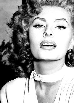 oldhollywood-glamour:  Sophia Loren                                                                                                                                                                                 More