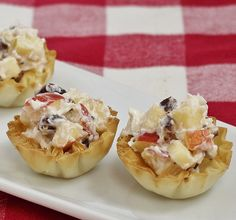Apple Cherry Salad Phyllo Tarts Phyllo Dough Recipes, Athens Food, Honey Crisp, Tart Cherries, Mini Appetizers, Print Recipe, Stuffed Shells Recipe, Tart Shells, Cherry Tart