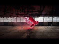 Rauchwolken und Träume: Künstlerische Fotografie mit Isabelle & Alexis - YouTube
