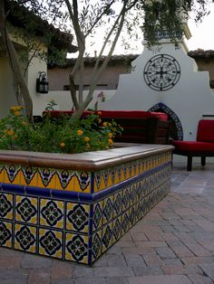 Patio Mexican Courtyard Design, Pictures, Remodel, Decor and Ideas Loving these colors! Mexican Courtyard, Mexican Patio, Spanish Courtyard, Mexican Garden, Spanish Patio, Spanish Garden, Spanish Tile, Spanish Colonial, Spanish Revival
