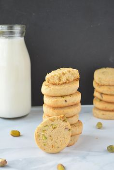 Eggless Wholewheat Pistachio Cookies image