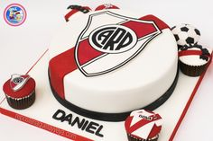 Torta River Plate - River Plate cake Nerf Party, Birthday Cake, Birthday Parties, Cupcakes, Cake Decorating, Plates, Candy, Ideas Para, Party Time