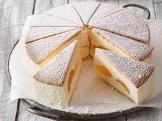In clafoutis, verrine, pie . Our best apricot recipes - Apricot CheesecakeApricot Cheesecake - Creamy Cheesecake Recipe, Nutella Cheesecake, Easy Cheesecake Recipes, Pumpkin Cheesecake, Pie Recipes, Apricot Recipes, Sweet Recipes, Köstliche Desserts, Delicious Desserts