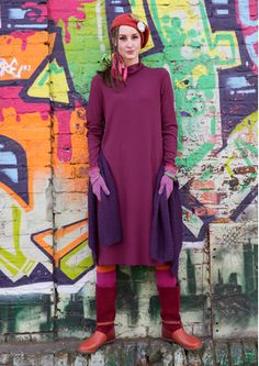 Solid-colour polo-neck dress in ribbed jersey for skin-soft feel and flattering drape. As the dress is unhemmed, you can easily trim it to a suitable length. Simply stitch the side seams! Frankie Clothing, Gudrun, Winter 2017, Autumn 2017, Polo Neck, Models, Beautiful Outfits, Style Me, High Neck Dress