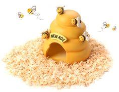 [스토어봄] 햄스터가 사는 귀여운 꿀벌집으로 귀여운 은신처를 선물해주세요! ---------------------------------------------- #햄스터 #햄스터집 #햄스터놀이터 #햄스터장난감 #햄스터용품 #햄스터하우스 #꿀벌 #노랑 #귀여운 #동글동글 #애완용품 #아기자기한 #애완용품 #반려동물 #햄찌 #애완용 #소형