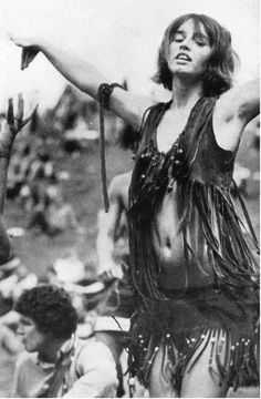 Hippie girl in Woodstock, i'm pretty sure this was me in my last lifetime.