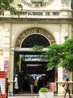 entrada al mercado municipal de Maputo