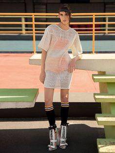 'Jogo Certo' Alexia Bellini by Tiago Molinos for Marie Claire Brasil May 2014 [Editorial] - Fashion Copious
