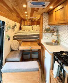 Van Conversion Interior, Camper Van Conversion Diy, Van Interior, Motorhome Interior, Interior Ideas, Interior Design, Van Living, Tiny House Living, Living Room