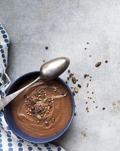 Chocolatey buckwheat overnight oats. https://www.jotainmaukasta.fi/2016/01/27/ruokastailauskurssi/