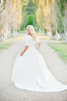 2015 Modest Plus Size Wedding Dresses With Sleeves Lace Real Photo Cheap Bohemian A-Line Floor length Wedding Gowns Court Train Perfect Wedding, Dream Wedding, Wedding Day, Garden Wedding, Elegant Wedding, Gown Wedding, Spring Wedding, Trendy Wedding, Beste Mama