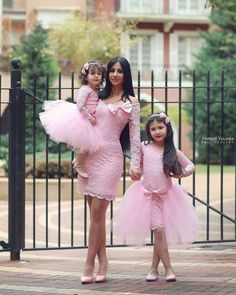 Mother, Sis and I wear pink on Easter Sunday. Mom Daughter Matching Dresses, Matching Family Outfits, Mommy And Me Outfits, Kids Outfits, Baby Girl Party Dresses, Baby Dress, Toddler Fashion, Kids Fashion, Mother Daughter Fashion