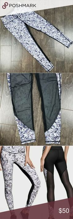 Victoria Secret Star Mesh Panel knockout pants ⭐ workout tights with mesh panels in the back ⭐13 in waist, 27 inch inseam, flat ⭐excellent condition, no flaws to note ⭐limited edition Paris fashion show Victoria's Secret Pants Leggings