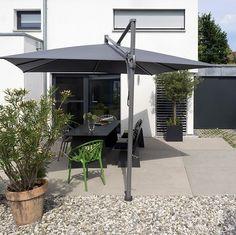 Senkgarten-sitzplatz-gestalten-modern-sichtschutz-kletterrosen ... Senkgarten Sitzplatz Gestalten Modern