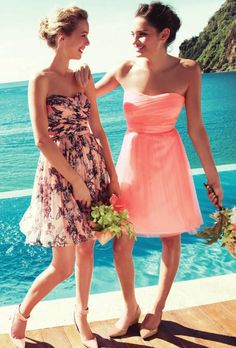 so cute and classy for a summer party or wedding.