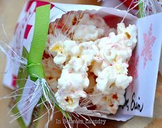 Candy Cane Popcorn...this stuff is G-doubleO-D good.